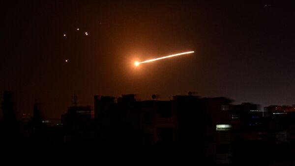 Ataque aéreo en Siria (archivo) - Sputnik Mundo
