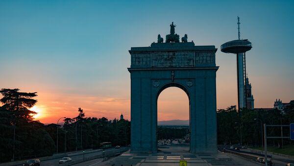 El Arco de la Victoria en Moncloa (Madrid) - Sputnik Mundo