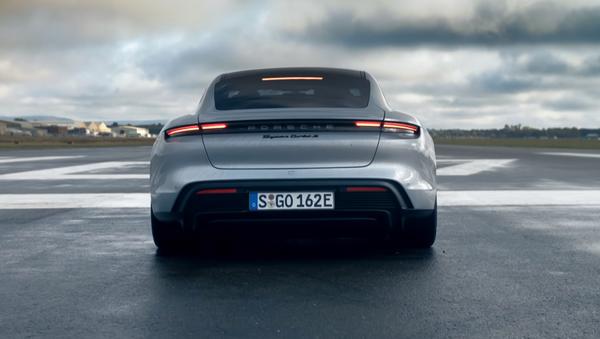 El nuevo Porsche Taycan Turbo S - Sputnik Mundo