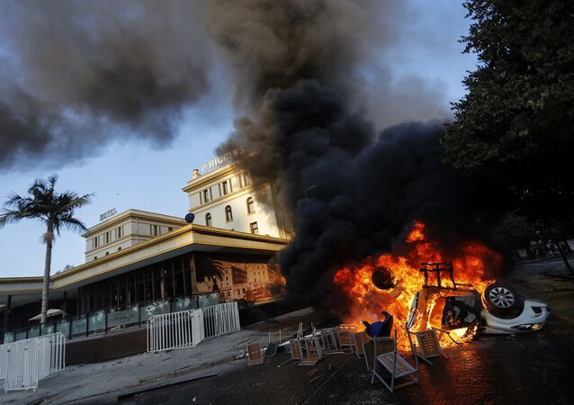 Incidentes frente al tradicional Hotel O'Higgins en Viña del Mar