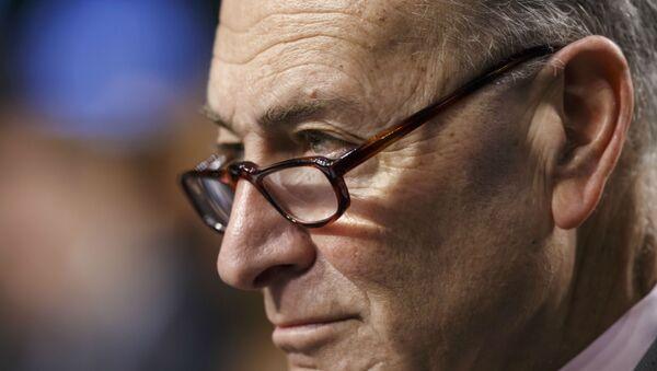 Chuck Schumer, senador estadounidense - Sputnik Mundo