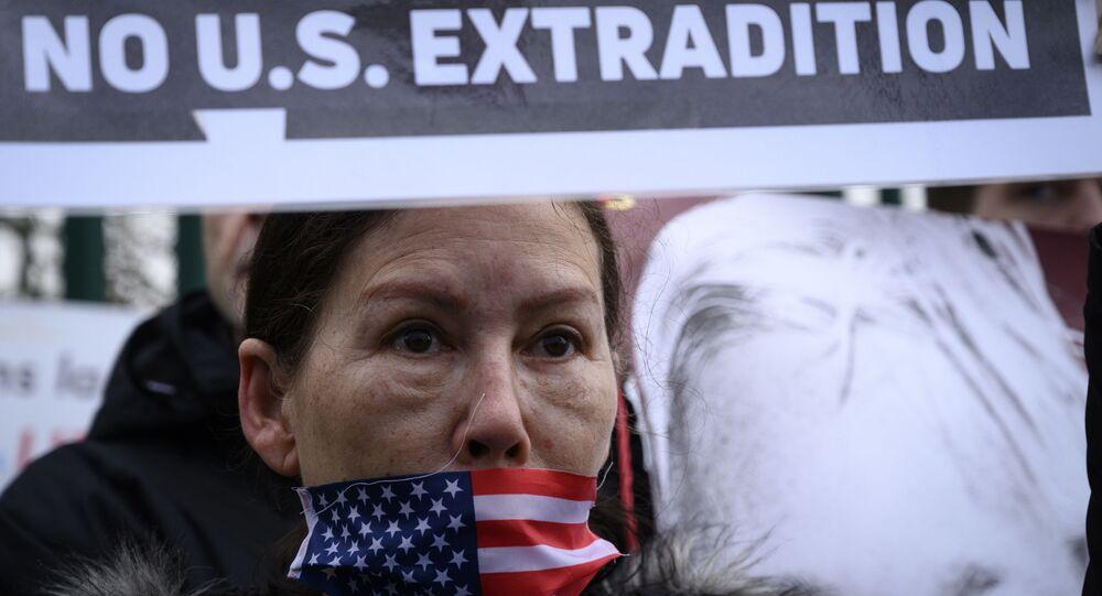 Manifestación contra la extradición de Julian Assange