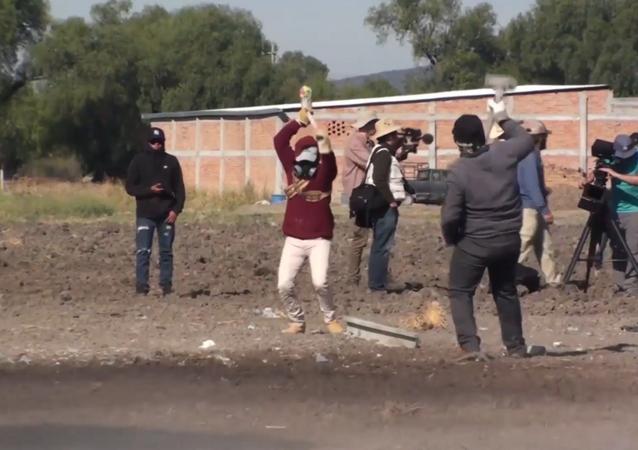 Los martillos explosivos de San Juan de la Vega, la fiesta centenaria de México