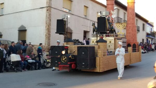 El carnaval polémico de Campo de Criptana en España - Sputnik Mundo