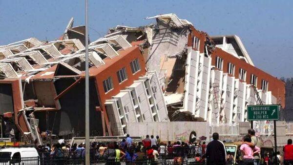 Edificio Alto Río tras el terremoto - Sputnik Mundo