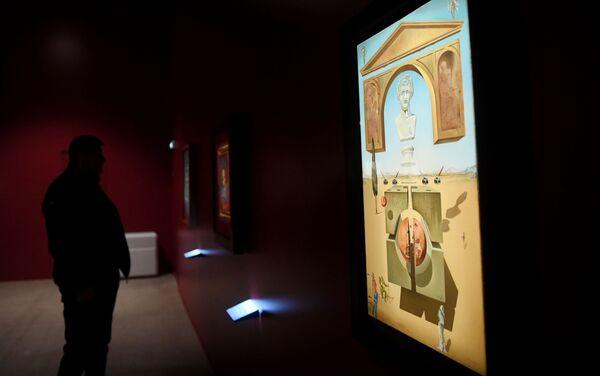 La exposición 'Salvador Dalí. Arte mágico' en Moscú - Sputnik Mundo