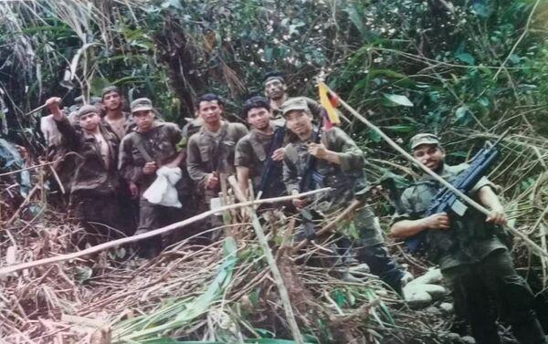 Soldados ecuatorianos durante la guerra del Cenepa - Sputnik Mundo