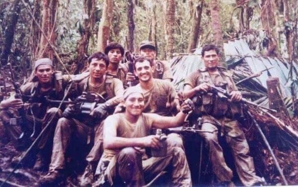Pelotón de la Infantería de Marina peruana en el Cenepa - Sputnik Mundo