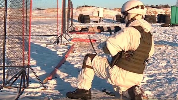 Los cadetes rusos llevan al límite sus capacidades en una pista única  - Sputnik Mundo