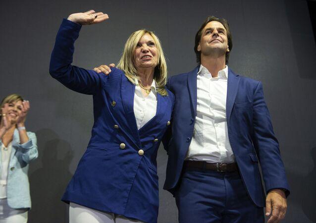 Dirigente política uruguaya Beatriz Argimón y el presidente electo de Uruguay, Luis Lacalle Pou