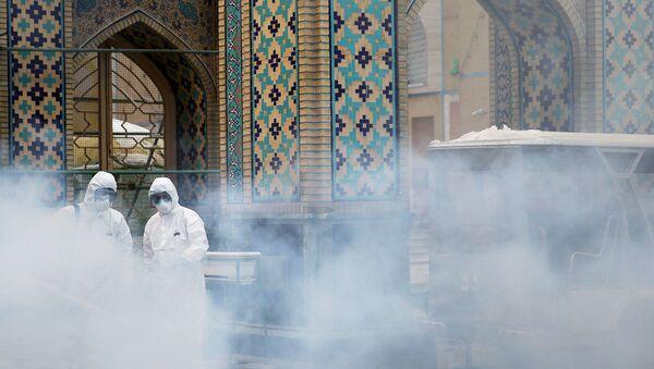 La fumigación contra coronavirus en Irán (imagen referencial) - Sputnik Mundo