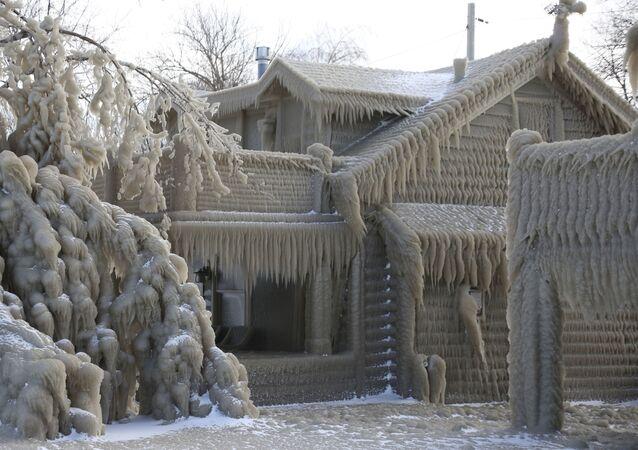 Una tormenta convierte una ciudad de EEUU en un paraíso invernal