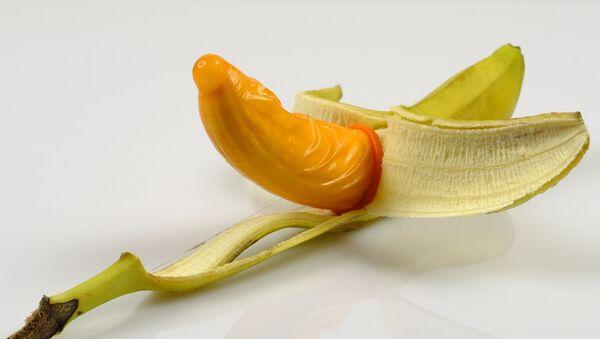 Un preservativo, imagen referencial - Sputnik Mundo