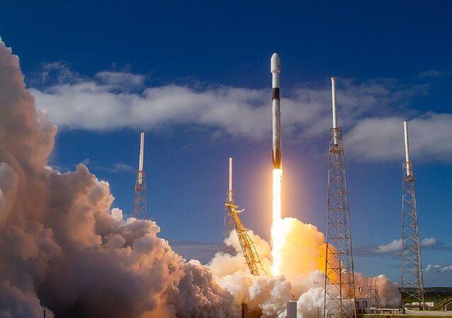 Lanzamiento de un Falcon 9 de SpaceX