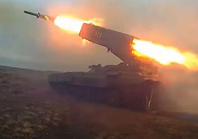 El lanzallamas pesado ruso Solntsepiok