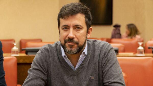Antón Gómez-Reino, diputado de Galicia en Común y candidato Xunta de Galicia  - Sputnik Mundo