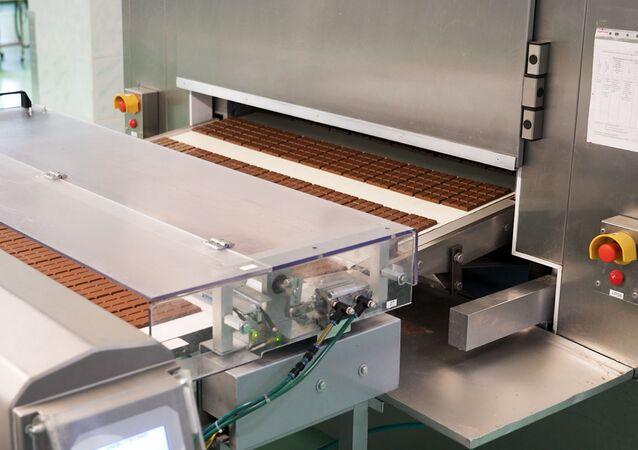 Fabricación del chocolate en la fábrica Krasni Oktiabr