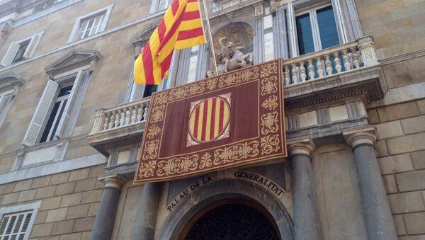 Fachada del Palau de la Generalitat en Barcelona (imagen referencial) - Sputnik Mundo