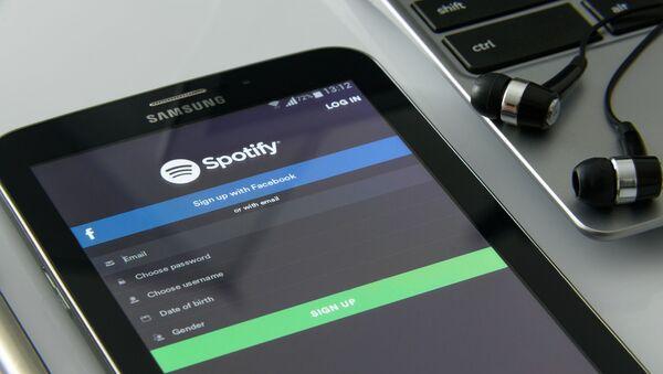 Spotify (imagen referencial) - Sputnik Mundo