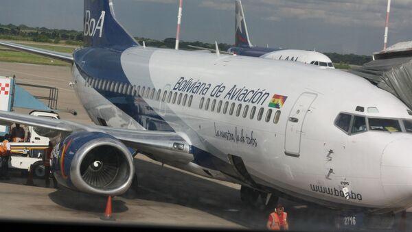 Un avión de la aerolínea Boliviana de Aviación (BOA) - Sputnik Mundo