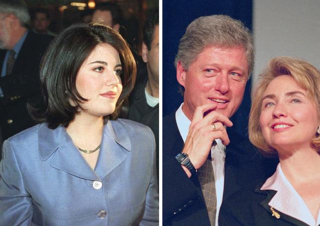 Monica Lewinsky (izda.), Bill y Hillary Clinton (dcha.)