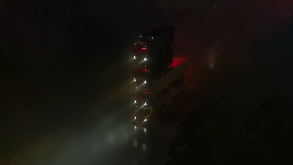 Una torre de camiones Volvo - Sputnik Mundo