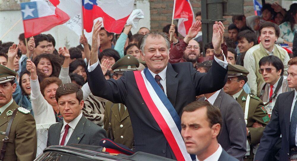 La inauguración de Patricio Aylwin, expresidente de Chile