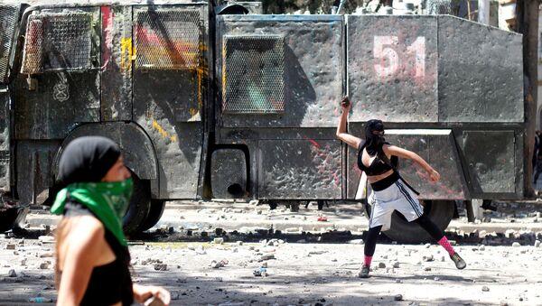Protestas feministas en Chile - Sputnik Mundo