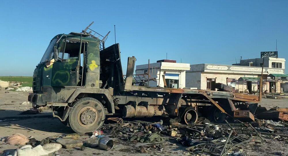 Un camión destrozado en Siria (imagen referencial)