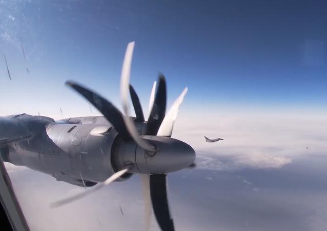 Los Tu-142 rusos surcan los cielos del Atlántico y del Ártico