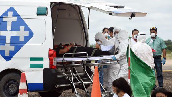 Ambulancia en Santa Cruz, Bolivia - Sputnik Mundo