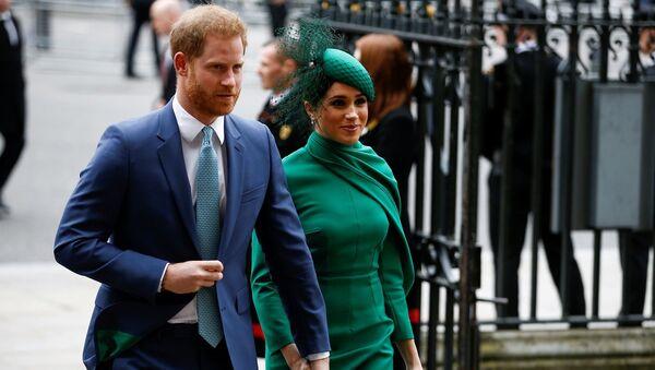 El príncipe Harry y Meghan Markle asisten al Día de la Commonwealth - Sputnik Mundo