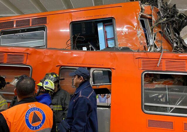 Choque de trenes en el metro de la Ciudad de México