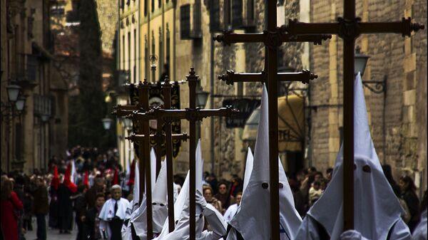 Celebración de la Semana Santa en España (imagen referencial) - Sputnik Mundo