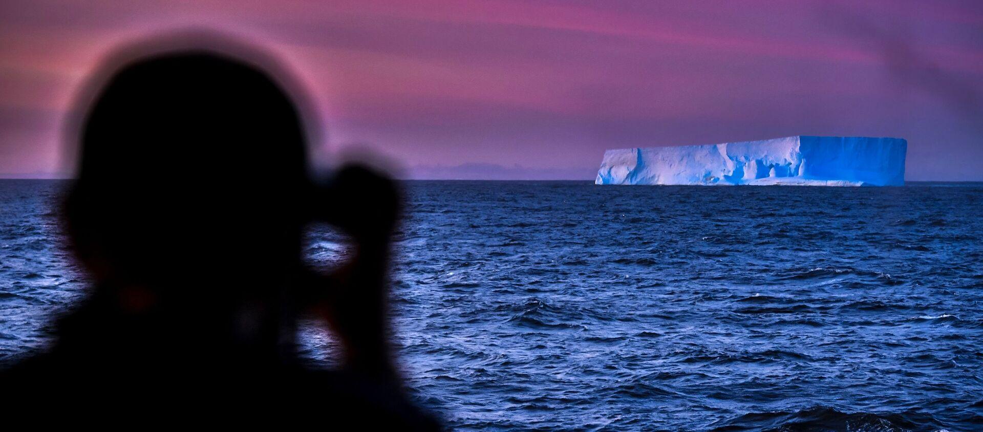 Viaje al hemisferio sur: asombrosos paisajes de la Antártida desde un buque de investigación  - Sputnik Mundo, 1920, 13.03.2020