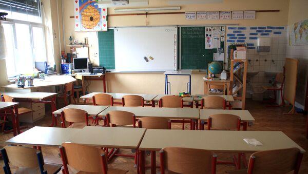Aula en una escuela (imagen referencial) - Sputnik Mundo