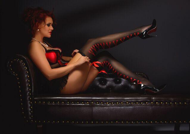 Una mujer sensual en ropa interior