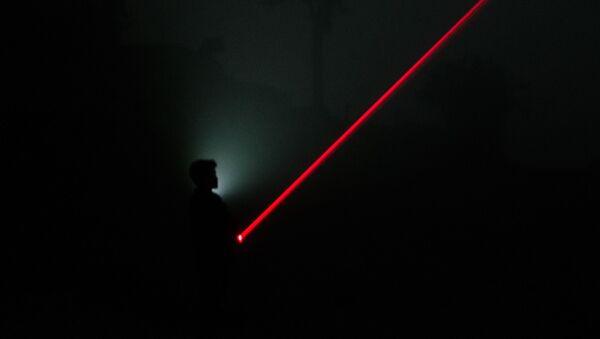 Un láser (imagen referencial) - Sputnik Mundo