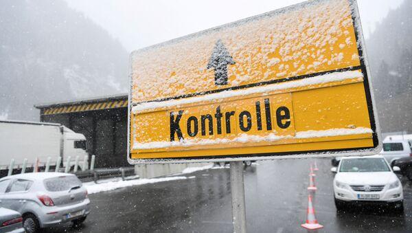 Frontera entre Austria e Italia - Sputnik Mundo
