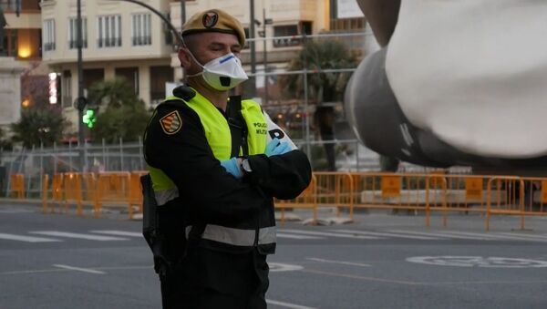 Militares en las calles: así vive España la epidemia del coronavirus - Sputnik Mundo