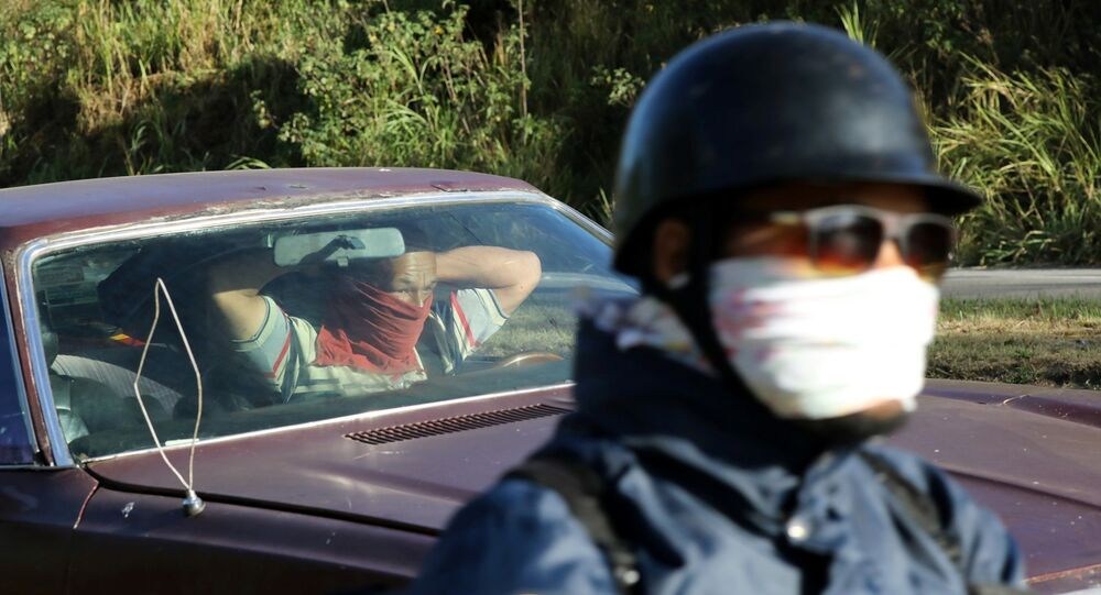 Un punto de control en el marco de la cuarentena declarada en Venezuela
