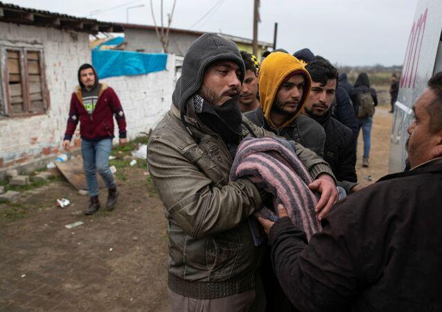 Migrantes en la frontera greco-turca