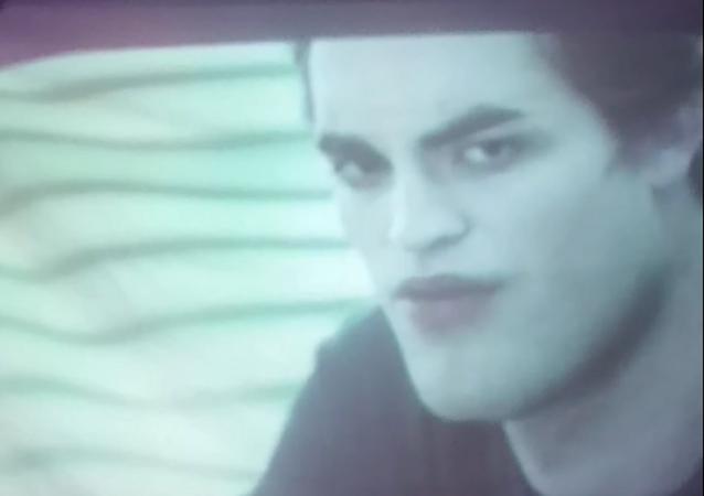 Esto es lo que pasa cuando ves 'Twilight' en una pantalla arrugada