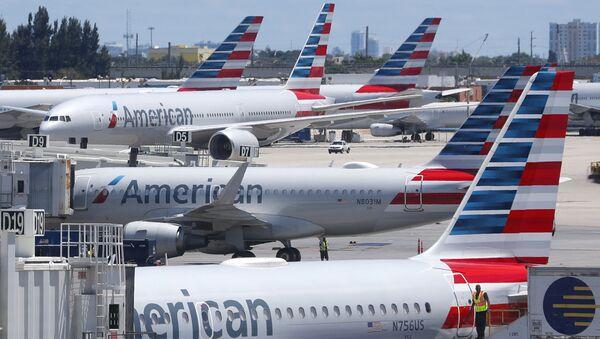 Aviones de la aerolínea American Airlines  - Sputnik Mundo