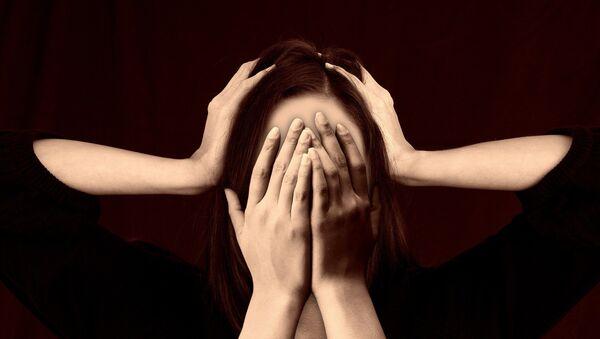 Una persona estresada (imagen referencial) - Sputnik Mundo