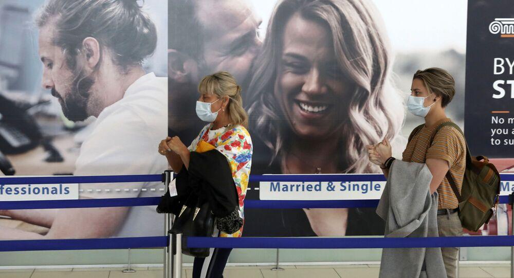 Turistas en un aeropuerto israelí (imagen referencial)