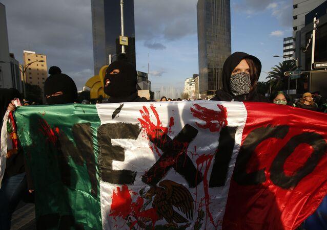 Protesta contra los feminicidios en México