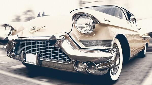 Un auto retro - Sputnik Mundo