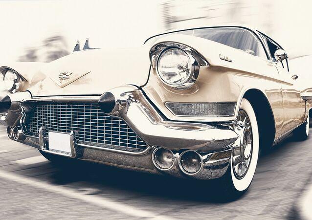 Un auto retro