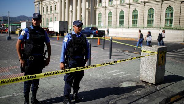 La Policía de El Salvador - Sputnik Mundo